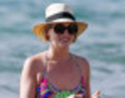 Candice Accola Slips Into A Bikini After Wrapping 'Vampire Diaries' Season 5